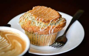 poppyseed muffin and cappacino